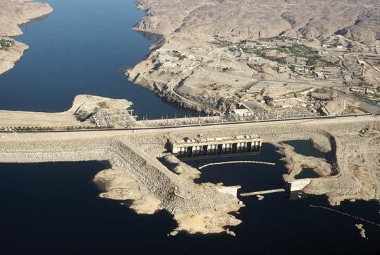 Le haut barrage d'Assouan